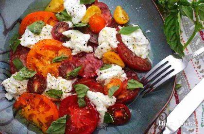 Salada Caprese, a RECEITA ORIGINAL e Tradicional da Ilha de Capri em 2 Minutos