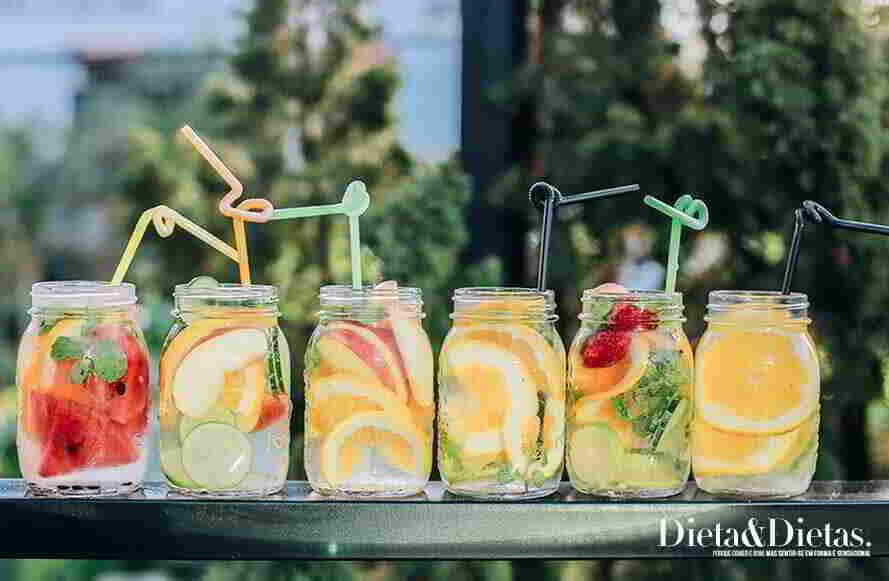 águas preparadas para a dieta detox