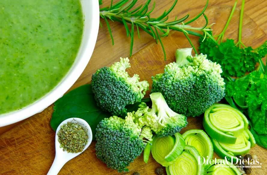 Escolha os ingredientes certos para consumir junto com a Sopa Detox