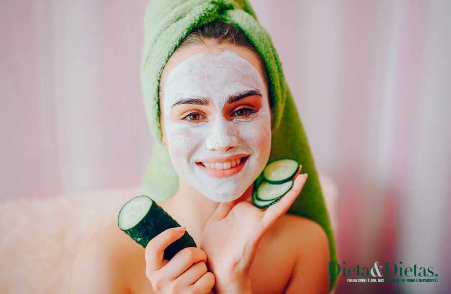 Benefícios de comer pepino frequentemente para a pele