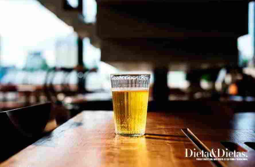 Álcool - alimentos que causam dor de cabeça, enxaqueca e cefaleia