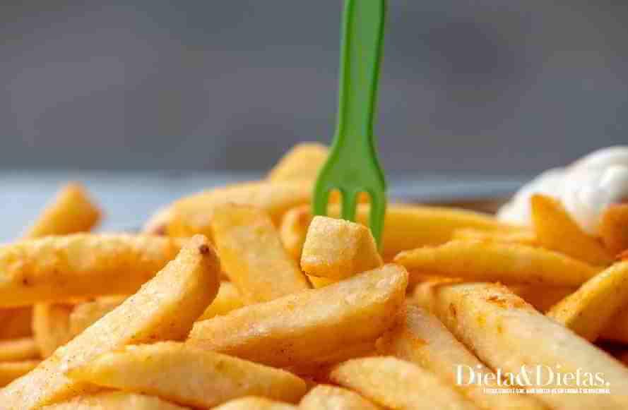 Alimentos gordurosos - alimentos que causam dor de cabeça, enxaqueca e cefaleia