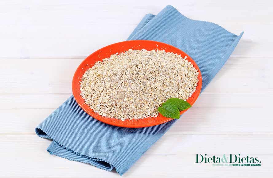 Aveia, cereal bom de fibra acaba com o colesterol