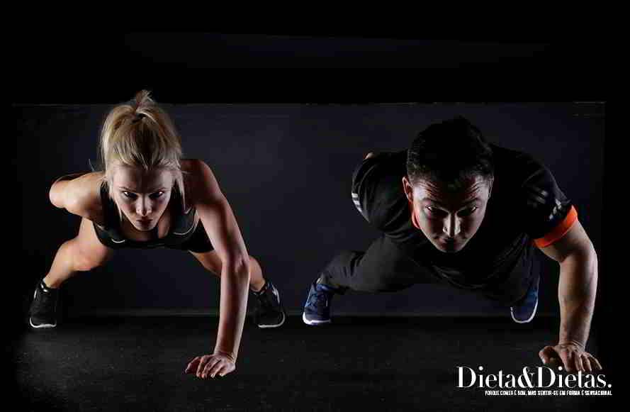 Cinco principais benefícios das flexões e da prancha abdominal