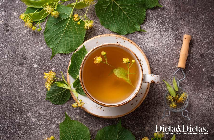 Benefícios do chá de cavalinha para saúde