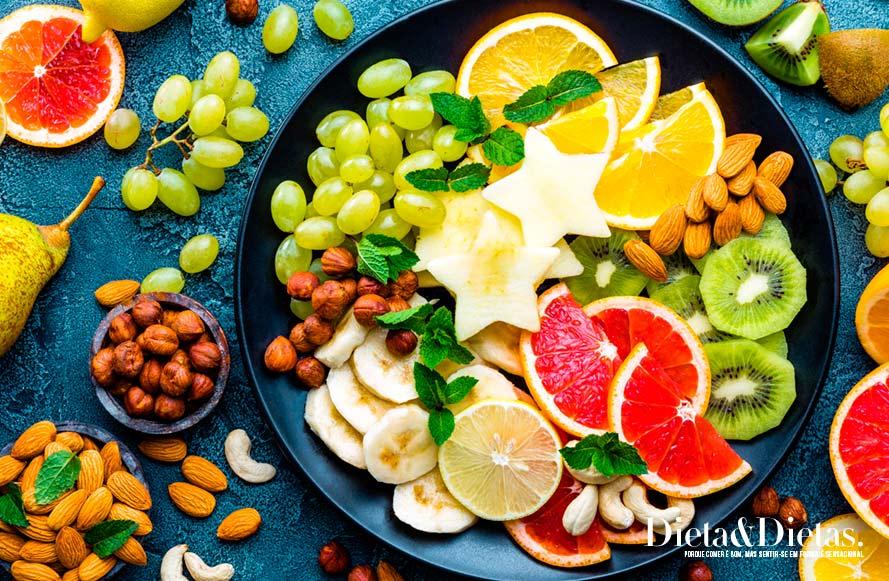 8 alimentos que fazem bem para a saúde bucal